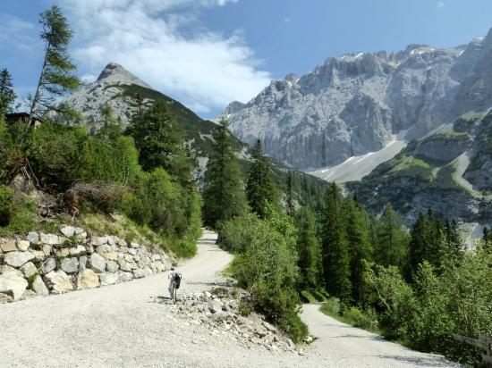 Abfahrt Karwendelhaus