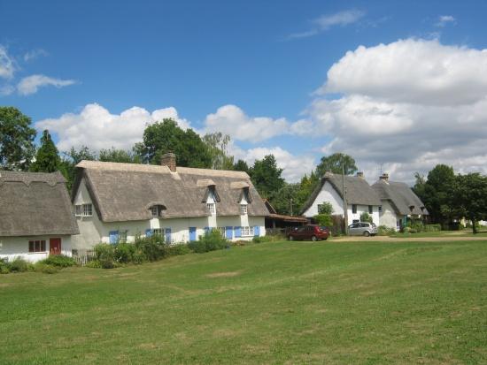 01 Village