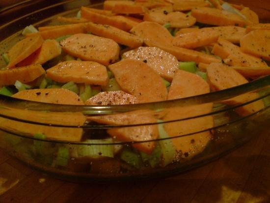Süßkartoffel-und-anderes-Gemüse-Auflauf