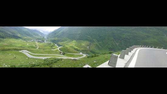 06 Andermatt Panorama Furka