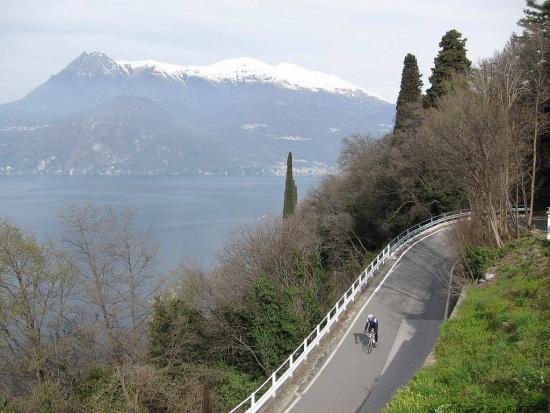 Abfahrt vom Passo Agueglio (bei Varenna)