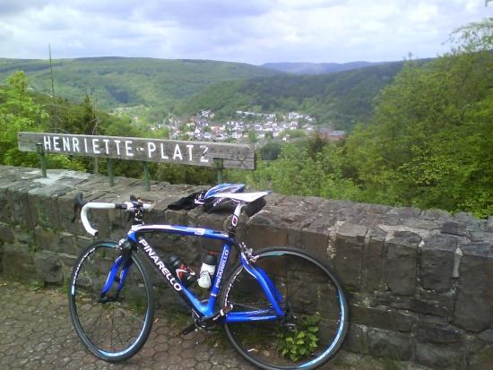 Blick runter nach Heimbach