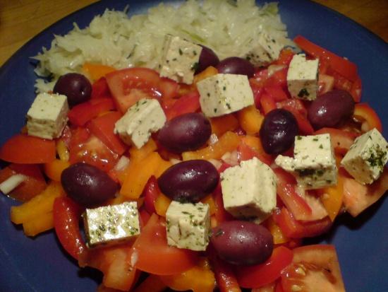 Salat mit Tofu-Feta