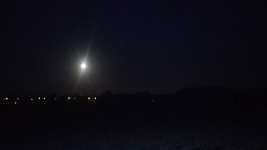 November-Mond 26.11.2015 über Köln-Weiß