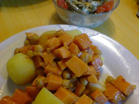 Kartoffeln, Süßkartoffeln und Kichererbsen