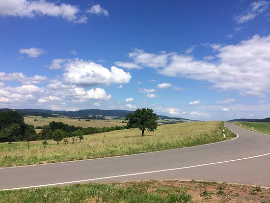 Der Donnersberg von Potzbach aus gesehen