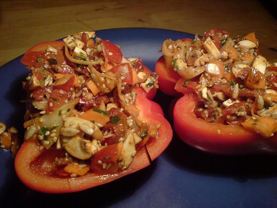 Abendessen: Gefüllte Paprika - Rohkost