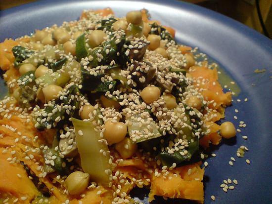 Mangold-Kichererbsen-Süßkartoffel-Matsche