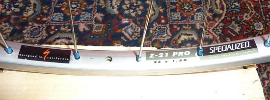 old school - hügi compact - revo 2/1,5 - alunippel - felge specialized z-21 pro