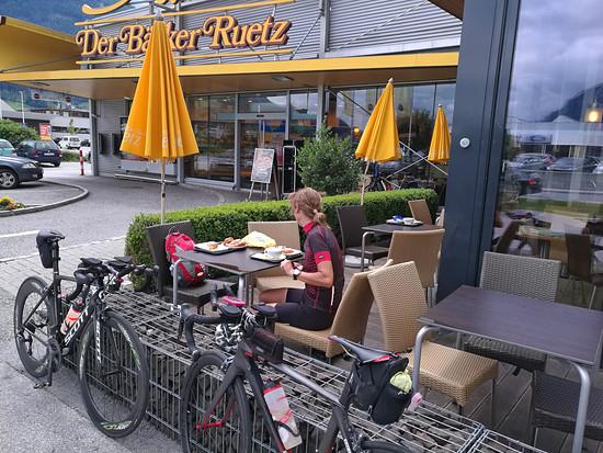 Pause beim Bäcker Ruetz in Schwaz/Tirol
