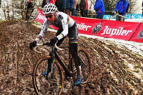 Cyclocross Overijse - Matsch, Fritten, Bier, belgische Radsportbegeisterung <3