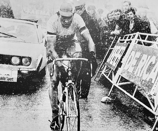 Eddy Merckx beim Anstieg zu den Tre Cime di Lavaredo