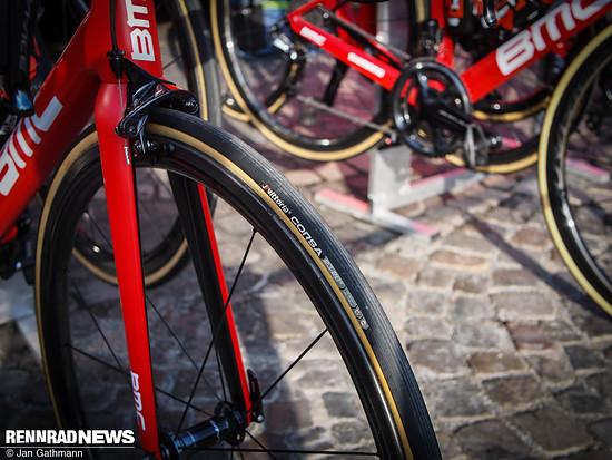 BMC fährt auf Vittoria Corsa mit Graphene in der Gummimischung