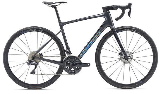 Giant Defy Advanced Pro 0 - serienmäßig mit Powermeter