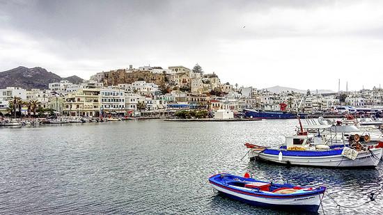 HDR Naxos Hafen