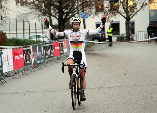 Marcel Meisen gewann in Bensheim das Rennen der Männer Elite