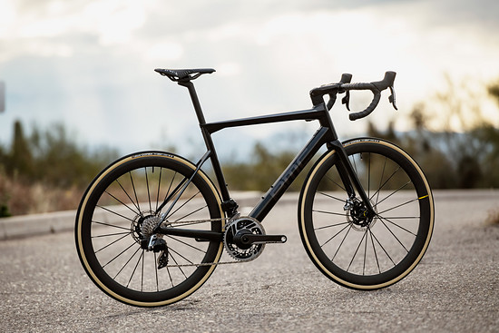 BMC: Teammachine SLR01 Disc LTD