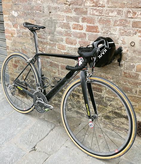 GF Strade Bianche: 39 Kilometer Schotter - das Rad hält.