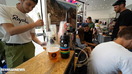 Drinnen gibt es das besagte IPA des Brussels Beer Project...
