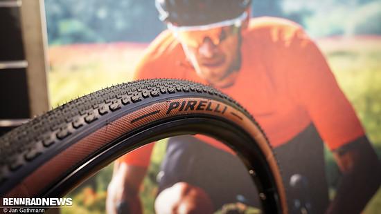 Der Pirelli Cinturato Gravel H – für Hardpack, also eher gut befestigte Wege...