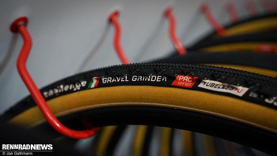 Der neue Challenge Gravel Grinder Handmade Tubeless Ready Reifen...