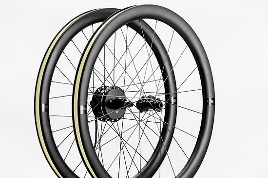 Die Knot 45 Aero-Laufräder gibt es jetzt mit Motor