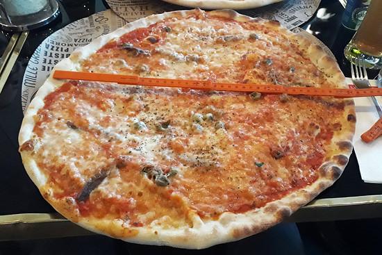 Die größte Pizza meines Lebens 01