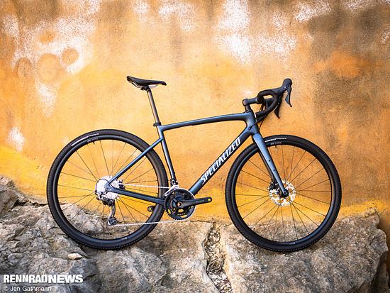 Specialized Diverge Sport Carbon – Shimano GRX RX810 mechanisch 2x11 – 2.999 €