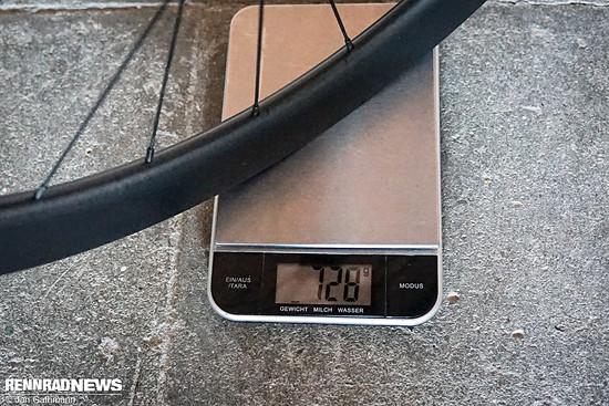 Die Gewichte für das Vorderrad ...