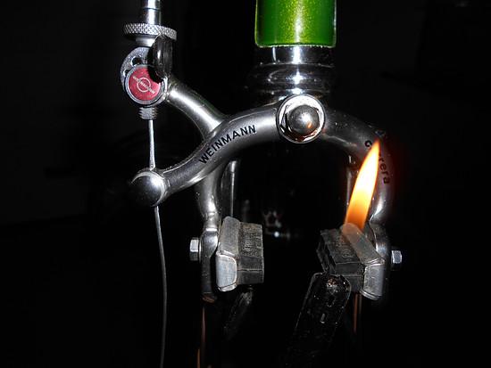 ein Lichtlein brennt