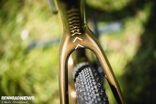 Das Bikestage Rad war mit Contis Terra Speed...