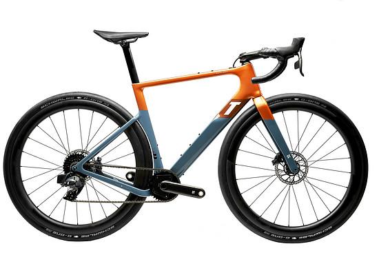 Das Top-Modell: Exploro Race Torno mit SRAM Force eTap AXS 1x12 und 3T Torno Carbonkurbel für 6.399 €
