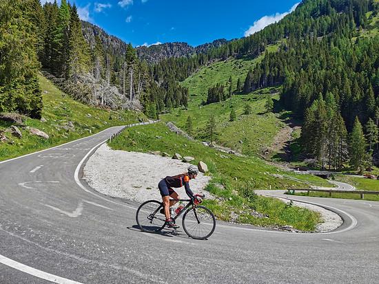 Passo Manghen - Abfahrt ins Val Sugana