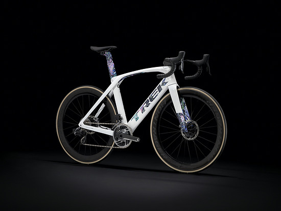 Madone SLR Abstract Designer Series