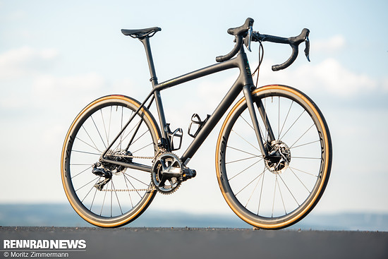 specialized-aethos-7962
