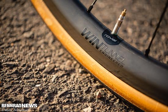 Die sub 1.300 g leichten Roval Alpinist CLX-Laufräder
