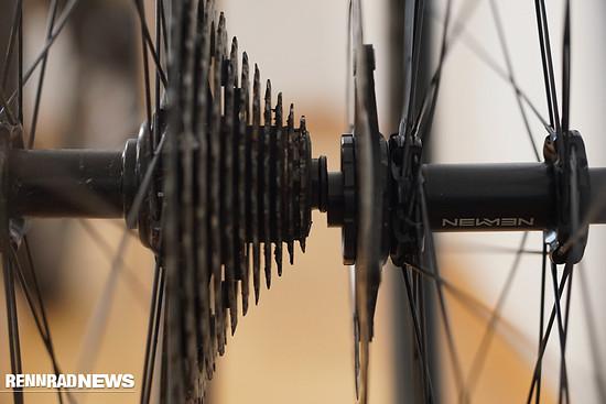 Ein 30 mm Reifen hat auch einen geringeren Durchmesser als ein 40 mm Reifen