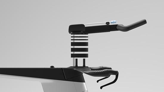 Das Cockpit mit den Armpads und einem Mono-Extension-System lässt sich einfach und umfangreich verstellen.