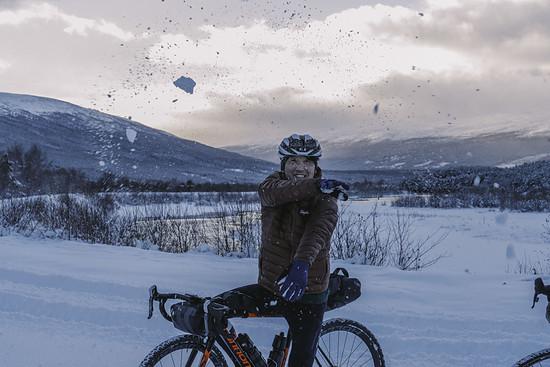 Wer keinen Spaß am Rennradfahren im Schnee hat, kann in diesem Jahr erstmals Festive 500 Kilometer auch auf Zwift sammeln