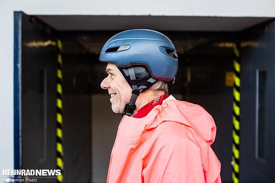 In manche Helme lassen sich wärmende Einsätze einkletten