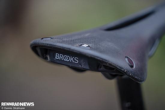 Der Brooks Cambium-Sattel mit Aussparung erwies sich als gut gedämpft