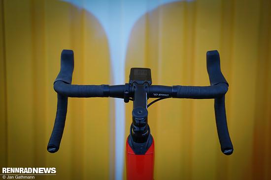 An Rädern mit Leitungsführung ins Oberrohr oder in den Steuersatz ermöglicht der Funk ein schön aufgeräumtes Cockpit
