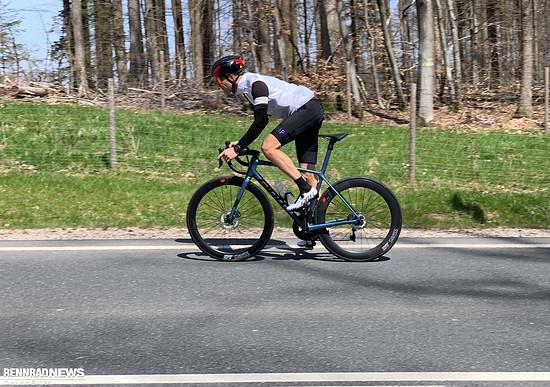 Die Kombination aus 50er Vorderrad zusammen mit 62er Hinterrad funktioniert bei nahezu allen Bedingungen.