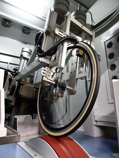 Testing machine5