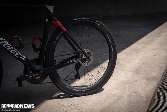 Mit den neuen Dura Ace-Laufradsätzen findet Shimano wieder Anschluss an die Spitzengruppe