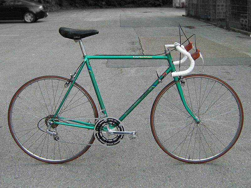 Details Zu Altes Rennrad Retro Fahrrad Oldtimer Rad Pictures to pin on ...